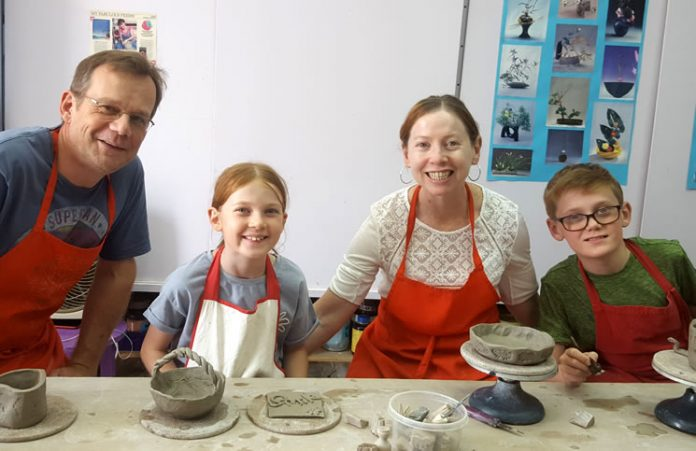 Here at Abu Dhabi Pottery we are happy to arrange special sessions for families to come and learn about pottery and enjoy playing with clay together.